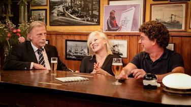 Christoph Daum und Atze Schröder sind zu Gast bei Inas Nacht. © NDR/ Morris Mac Matzen Foto: Morris Mac Matzen