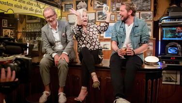 Peter Lohmeyer und Bastian Bielendorfer sind zu Gast bei Inas Nacht. © NDR/ Morris Mac Matzen Foto: Morris Mac Matzen