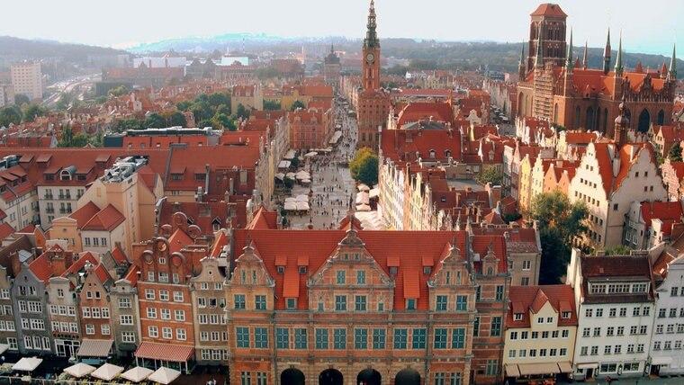 Blick auf Rechtstadt mit dem Grünen Tor und dem Langen Markt im Hintergrund. © NDR/MoersMedia/Peter Moers