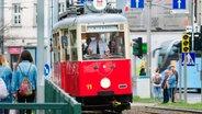 Ein historischer Straßenbahnwagen von 1952. © NDR/MoersMedia/Peter Moers
