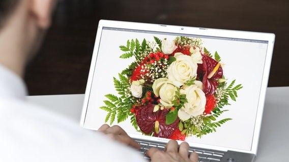 Blumen Verschicken Online Händler Im Test Ndrde Ratgeber