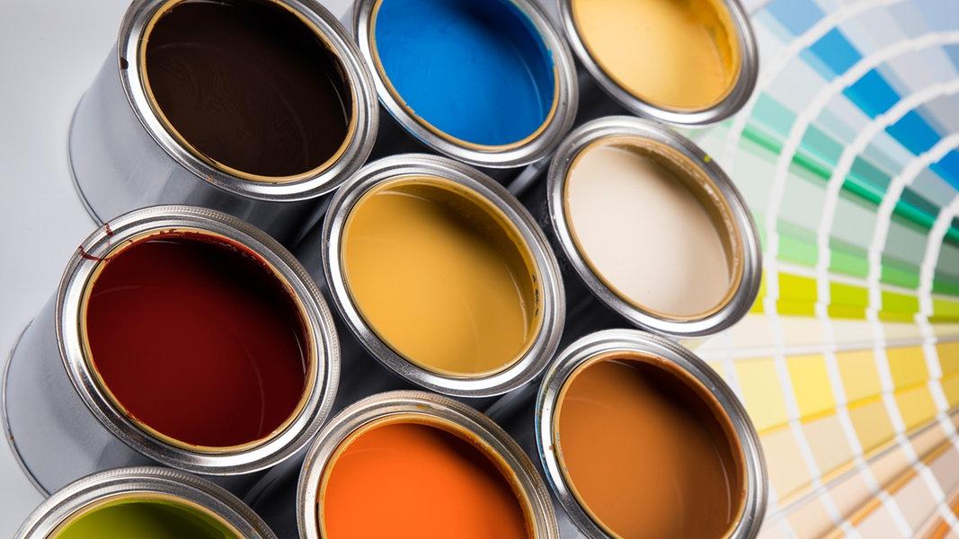 wandfarbe im test tipps zum streichen ratgeber verbraucher. Black Bedroom Furniture Sets. Home Design Ideas