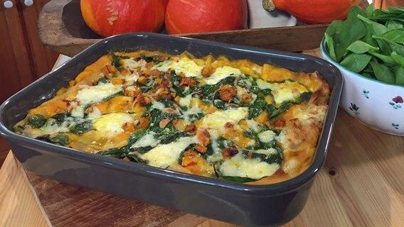 "Rezept ""Kürbis-Spinat-Lasagne"" | NDR.de - Ratgeber - Kochen"