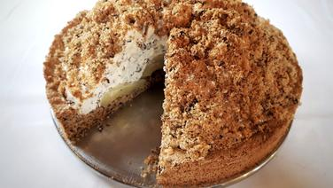 Maulwurf-Torte (Birnen-Sahnetorte)