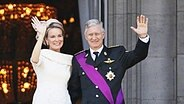 Das neue Königspaar von Belgien Mathilde und Philippe auf dem Balkon des Königspalastes in Brüssel © picture alliance / ZUMA Press Fotograf: Ye Pingfan