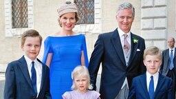 Prinz Gabriel, Königin Mathilde, König Philippe, Prinzessin Leonore und Prinz Emmanue (v.l.). © picture alliance / dpa Fotograf: Patrick van Katwijk