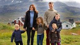 Die dänische Kronprinzenfamilie bei ihrem Besuch im grönländischen Igaliku. © Picture-Alliance / dpa Fotograf: Keld Navntoft