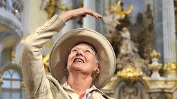 Im August 2009 besucht Königin Margrethe II. die Dresdner Frauenkirche © dpa Bildfunk Foto: Matthias Rietschel