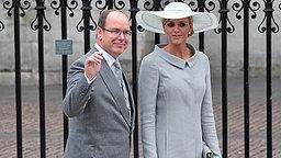 Fürst Albert und Charlene Wittstock am 29. April 2011 an der Westminster Abbey. © picture alliance / empics