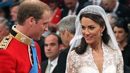 Prinz William und Kate am 29. April 2011 in der Westminster Abbey. © picture alliance / empics
