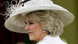 9. April 2005: Camilla Parker Bowles auf dem Weg zur Guildhall in Windsor, wo die standesamtliche Trauung stattfand. © Picture-Alliance / dpa Fotograf: Tim Ockenden