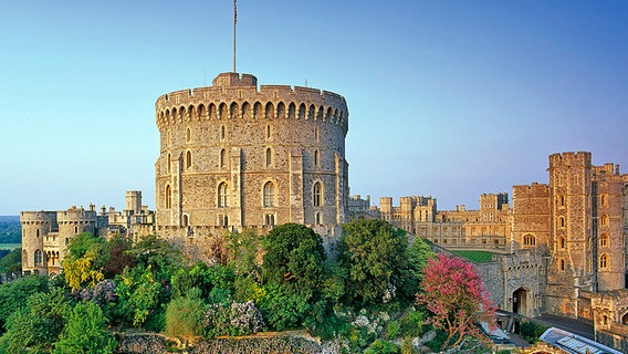 Der runde Turm auf Windsor Castle © 2009 Her Majesty Queen Elizabeth II Foto: Peter Packer