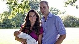 Prinz William mit seiner Frau Herzogin Catherine und Sohn George. © dpa - Bildfunk Fotograf: Michael Middleton Handout
