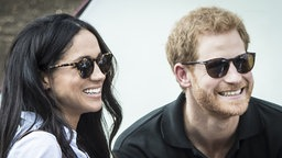 Prinz Harry und seine Freundin Meghan Markle, aufgenommen im September 2017. © dpa Fotograf: Danny Lawson