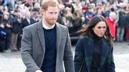 Prinz Harry und Meghan bei ihrem Besuch im schottischen Edinburgh © dpa-Bildfunk Fotograf: Jane Barlow