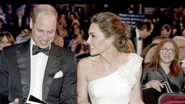 Prinz William und Herzogin Kate lachend bei den British Academy Film Awards (Bafta)