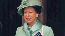 Prinzessin Margaret mit hellgrünem Hut am 11.07.1998 in Winchester © picture-alliance / dpa Fotograf: PA Hanson