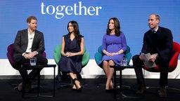 Prinz Harry, Meghan Markle, Herzogin Catherine und Prinz William bei einer Veranstaltung der Royal Foundation. © dpa Bildfunk Fotograf: Chris Jackson