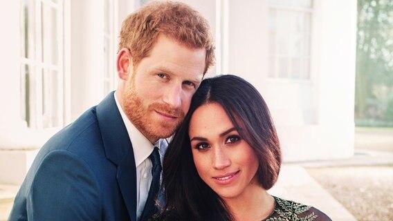 Harry Und Meghan Die Hochzeitstorte Und Das Kleid Ndr De