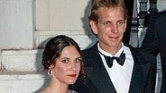 Tatiana Santo Domingo und ihr Verlobter Andrea Casiraghi beim Love Ball im Juli in Monaco. © dpa / picture alliance Fotograf: Piovanotto Marco