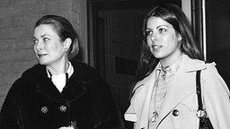 Prinzessin Caroline mit ihrer Mutter Fürstin Gracia Patricia © dpa - picture alliance