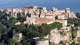 Blick auf Monacos Burgfelsen mit der Altstadt und dem Grimaldi-Palast © Picture-Alliance / dpa