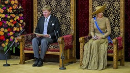 König Willem-Alexander und seine Frau Máxima im Rittersal in Den Haag. © dpa - Bildfunk Fotograf: Lex Van LieshoutPool