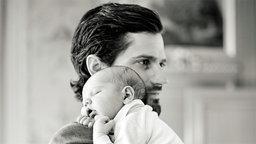 Prinz Carl Philip mit Sohn Alexander © royalcourt.se Fotograf: Erika Gerdemark
