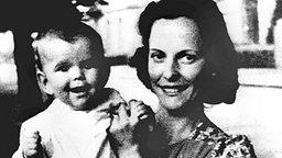 Königin Silvia als Baby auf dem Arm ihrer Mutter Alice Sommerlath © Picture-Alliance / dpa / Pressensbild