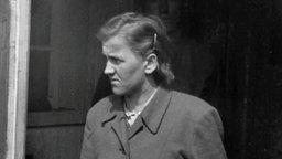 Auch Hilde M.wurde bei der Befreiung Bergen-Belsens durch die Briten unter Arrest gestellt.