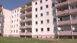 Plattenbau in Dranske © NDR Foto: Screenshot