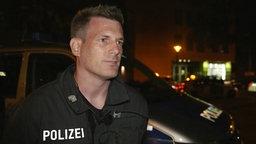 Hendrik Steckhan von der Polizei Hannover © NDR Foto: Screenshot