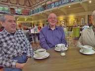 Diese drei Briten bessern ihre Rente durch eine private Versicherung auf.