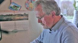 Wolfgang Frangenberg am Computer