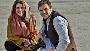 Die Journalisten Ronja von Wurmb-Seibel und Niklas Schenck, die in Kabul leben.