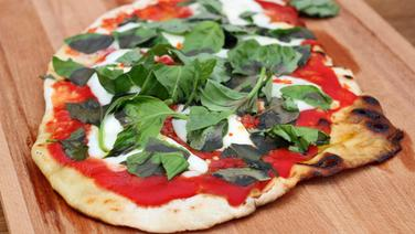 Rezept Pizza Margherita Vom Grill Ndrde Ratgeber Kochen