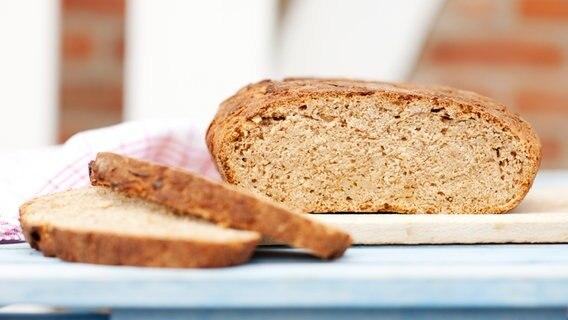 Brot Inhaltsstoffe Sorten Und Aufbewahrung Ndrde Ratgeber