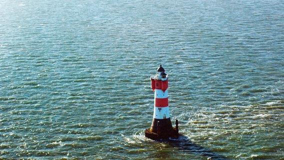fbf17616157e0b Der Leuchtturm Roter Sand in der Nordsee war das erste Offshore-Bauwerk  weltweit. Die. Bild vergrößern. Der Leuchtturm Roter Sand in ...