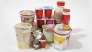 Verschiedene Joghurt Produkte. © picture alliance Foto: Ulrich Niehoff