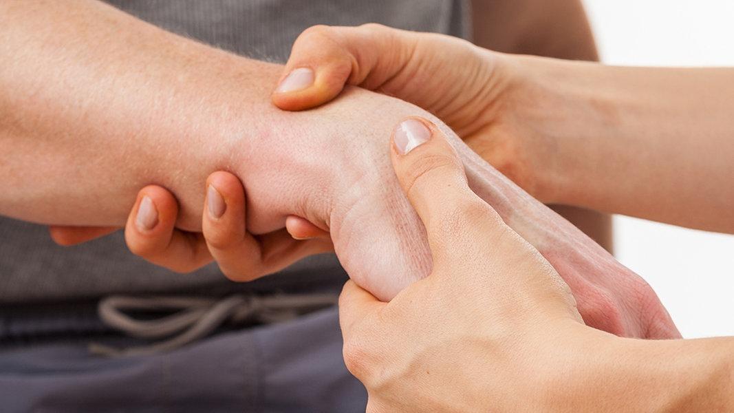 Arthrose in Fingern und Handgelenk: Was hilft? | NDR.de - Ratgeber ...