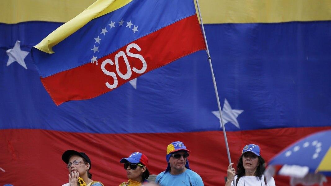 Jetzt live: Diskussionsrunde zum Thema Venezuela