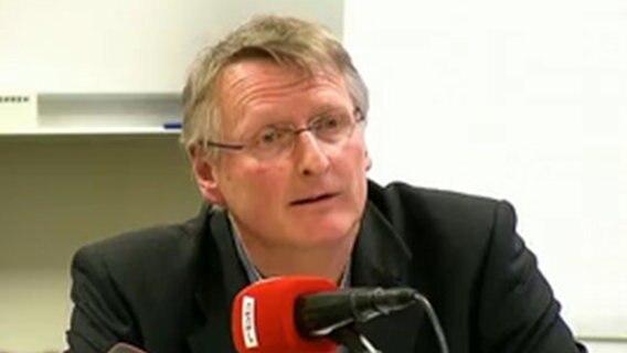 Mario Barth will sich für Witz über stotternden Gefängnisleiter entschuldigen