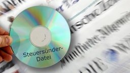 Steuer CD © picture alliance / ZB Fotograf: Zeitungen: Jan Woitas, CD: Armin Weigel