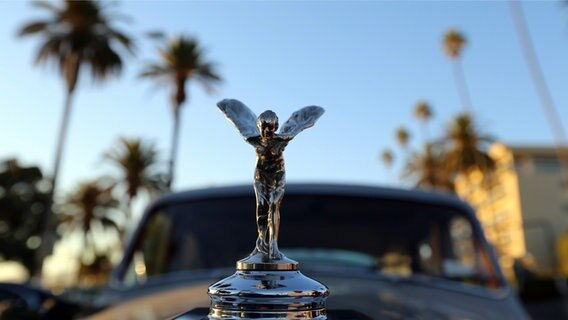 "Elvis Presley's 1963 Rolls-Royce in Santa Monica, Kalifornien, in Eugene Jarecki's ""The King"". © NDR/David Kuhn"
