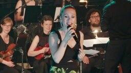 Die türkische Sängerin Şebnem Parker