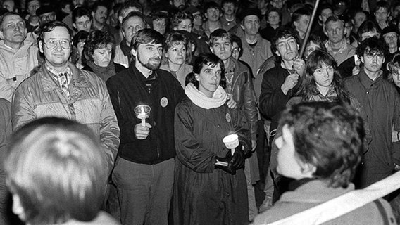 Demonstration in Rostock 1989 © Roland Hartig Foto: Roland Hartig