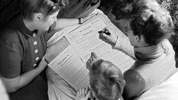 Volkszählung im besetzten Deutschland 1946. © (c) dpa - Report Foto: dpa DANA