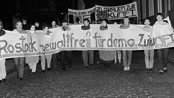 Demonstration in Rostock im Herbst 1989.