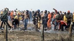 Demonstration gegen das geplante Atomkraftwerk in Brokdorf 1981 © picture-alliance/ dpa Foto: Martin Athenstädt