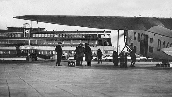 Flughafen Hamburg in den 1950er Jahren © Michael Penner